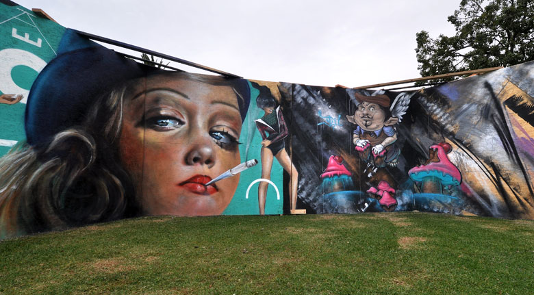 all-those-shapes_-_adnate_lucy-lucy_itch_-_party-cakes_-_let-them-eat-cake-2014