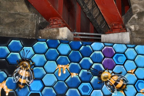 all-those-shapes_-_makatron_-_industial-blue-honeycomb_-_southbank