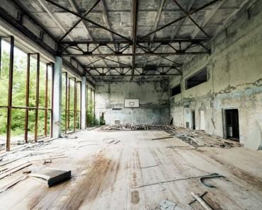 20140606_forbidden-spaces_exhibition