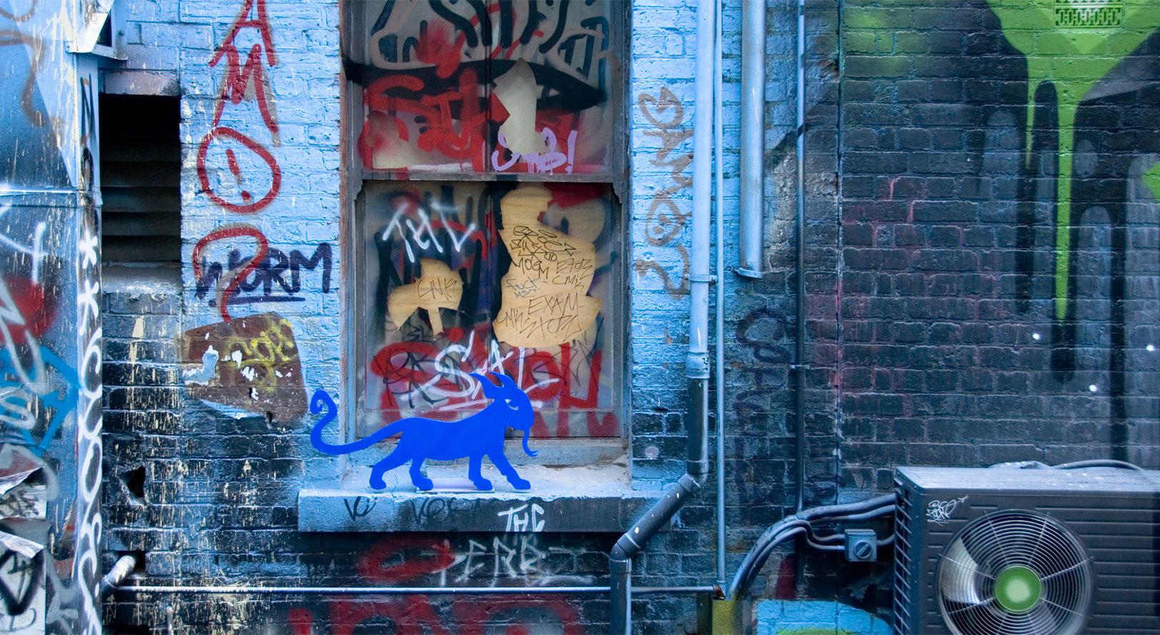 all-those-shapes_-_blu-art-xinja_-_kitty-lizard-on-the-ledge_-_rutledge